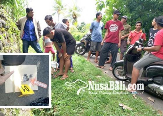 Nusabali.com - dikira-meteor-peluru-suar-kapal-hebohkan-warga-bilukpoh-kangin