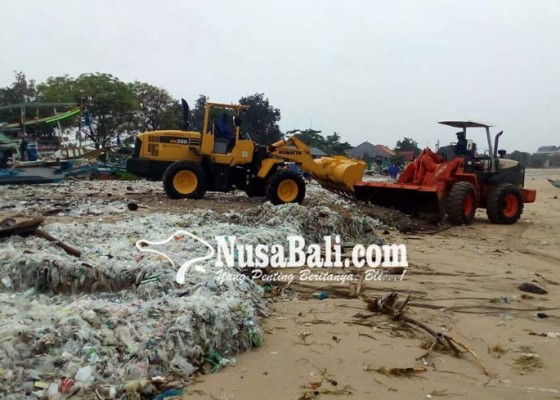 Nusabali.com - kiriman-sampah-plastik-semakin-tebal