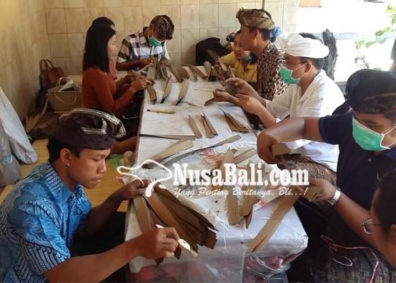 Nusabali.com - setahun-1043-lontar-teridentifikasi-di-buleleng