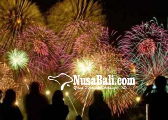 Nusabali.com - tiga-orang-jadi-korban-kembang-api