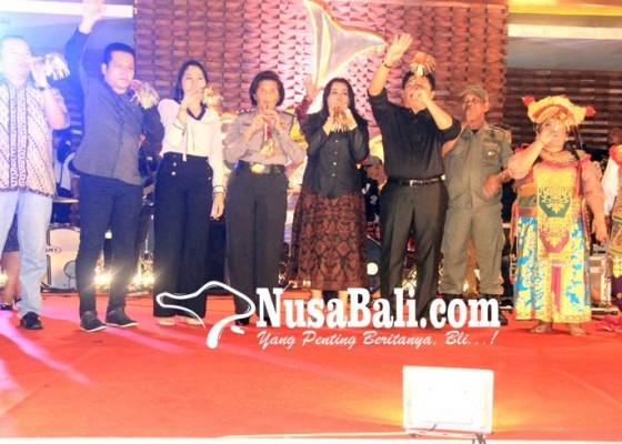 Nusabali.com - tahun-baru-bupati-artha-harapkan-masyarakat-membangun-jembrana-lebih-baik