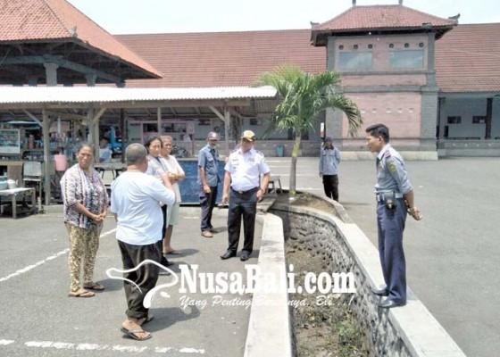 Nusabali.com - janji-dibuatkan-los-di-barat-terminal-pedagang-di-telajakan-melunak