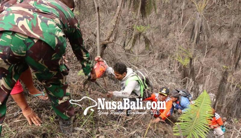 www.nusabali.com-6-pendaki-tersesat-sebelum-akhirnya-diselamatkan-relawan-pasebaya