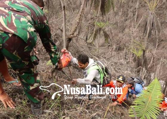 Nusabali.com - 6-pendaki-tersesat-sebelum-akhirnya-diselamatkan-relawan-pasebaya