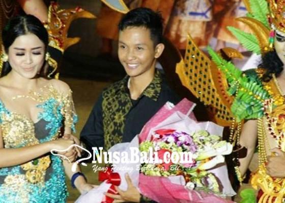 Nusabali.com - plaza-renon-hadirkan-desainer-muda-berbakat