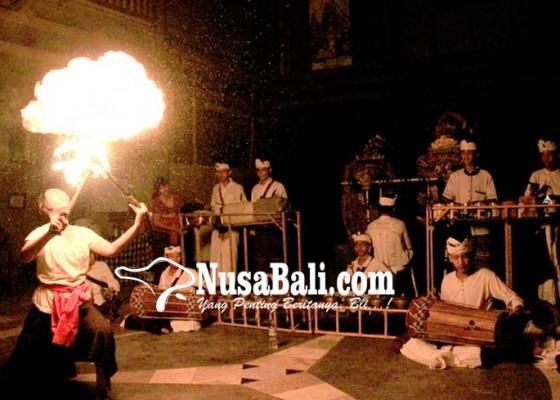 Nusabali.com - pentas-perkusi-saat-malam-siwa-ratri