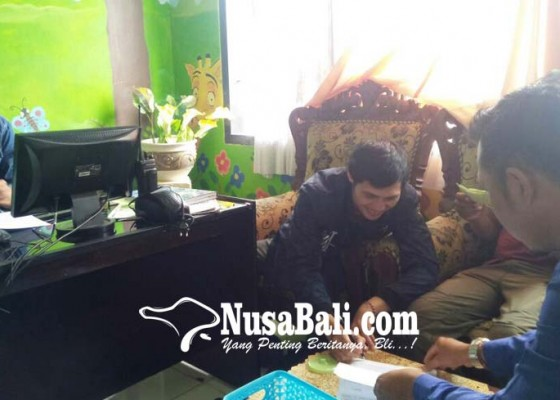 Nusabali.com - beli-mobil-via-fb-pekerja-kapal-pesiar-tertipu