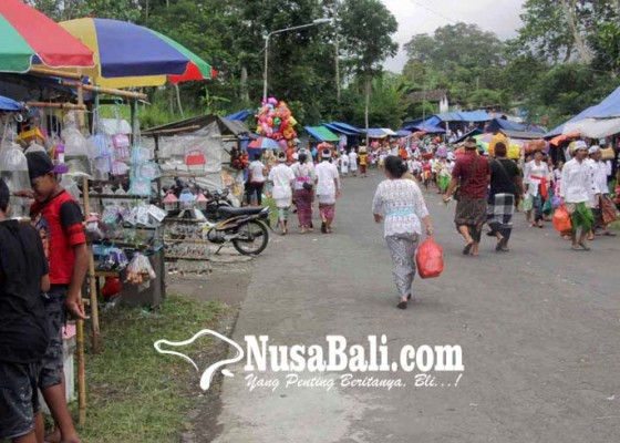 Nusabali.com - pantau-usaba-dalem-puri-polisi-berdayakan-17-pos
