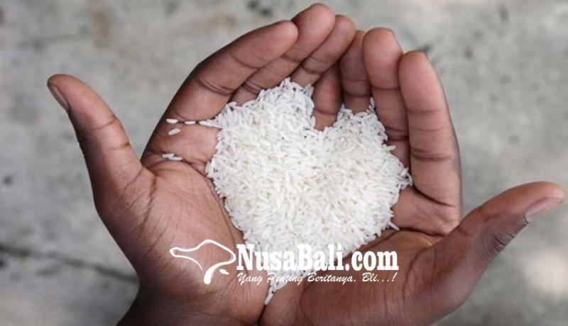 www.nusabali.com-207-ton-beras-disalurkan-ke-pengungsi-karangasem