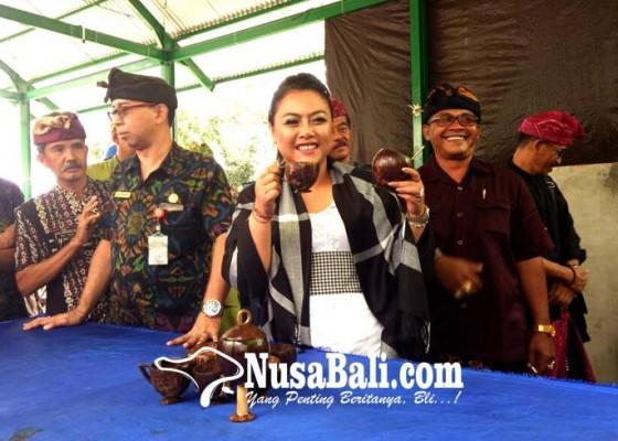 Nusabali.com - tps-di-jatiluwih-belum-dilengkapi-mesin-pencacah-sampah-plastik