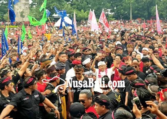 Nusabali.com - totalitas-massa-dukung-putra-buleleng