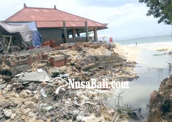 Nusabali.com - belum-sebulan-dua-kali-restoran-di-pantai-geger-terendam-banjir