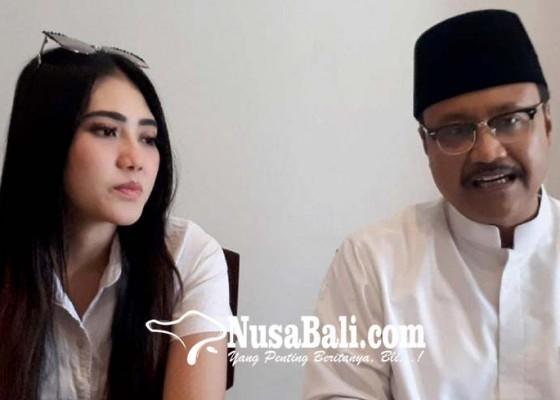 Nusabali.com - beber-alasan-terima-pinangan-gus-ipul