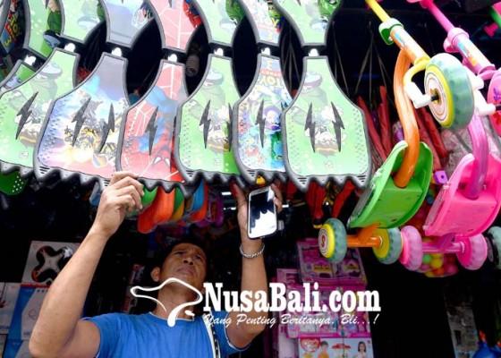 Nusabali.com - beli-mainan-impor-bebas-sni-dibatasi