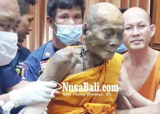 Nusabali.com - 2-bulan-meninggal-jenazah-biksu-tersenyum