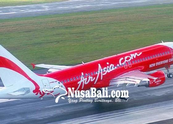 Nusabali.com - pesawat-airasia-mendarat-darurat