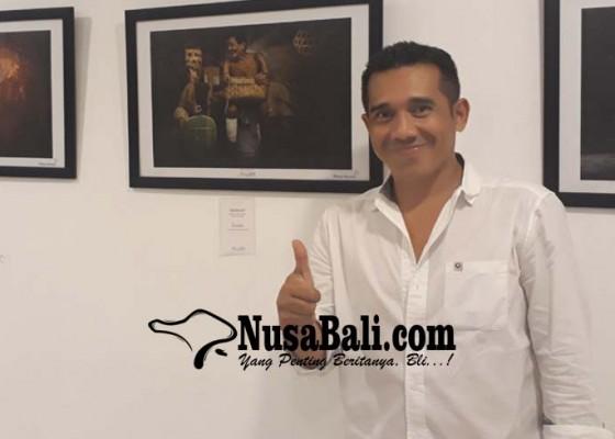Nusabali.com - puja-astawa-jadi-selebgram-bali