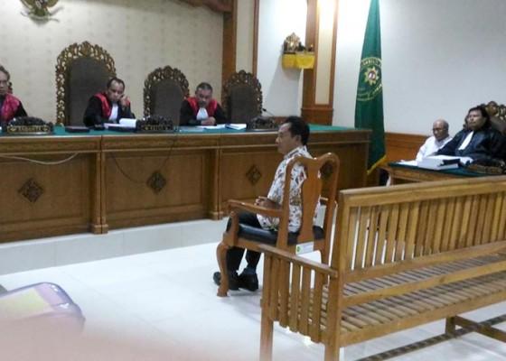 Nusabali.com - mantan-ketua-dprd-karangasem-bantah-terlibat