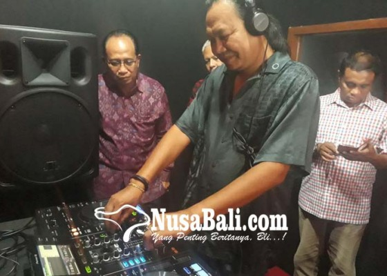 Nusabali.com - disc-jockey-pun-harus-punya-sertifikat-kompetensi