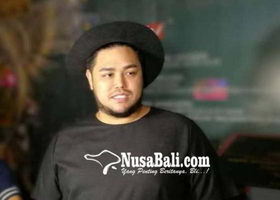 Nusabali.com - ivan-gunawan-sehari-blokir-50-akun-haters