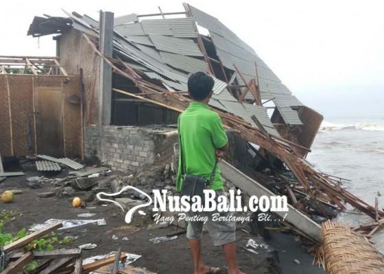 Nusabali.com - gudang-ambrol-rumah-kebanjiran