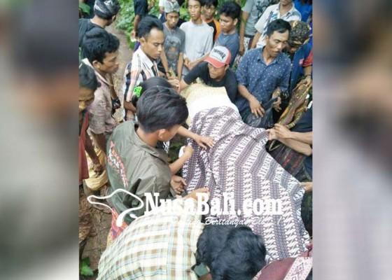 Nusabali.com - korban-tewas-tertimbun-panyengker-dikubur