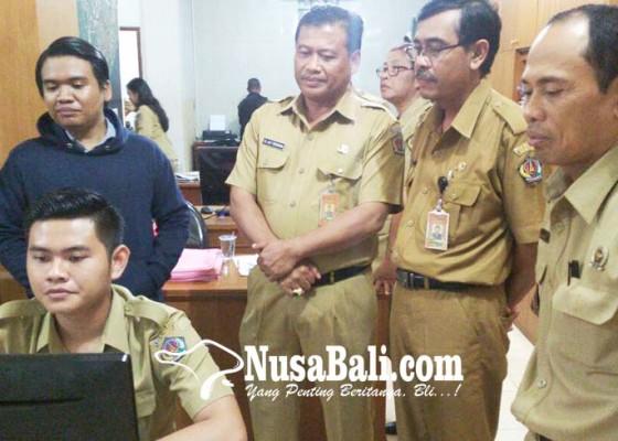 Nusabali.com - kecamatan-dentim-terapkan-sistem-smart-desa
