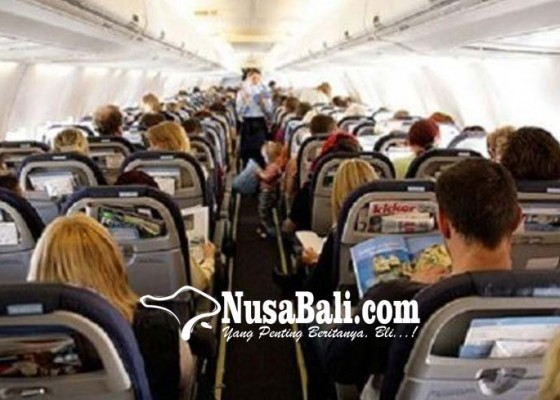 Nusabali.com - bertengkar-di-dalam-pesawat-wisman-australia-dipulangkan