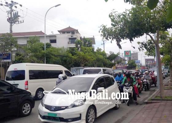 Nusabali.com - polisi-siagakan-personel-pada-titik-kemacetan