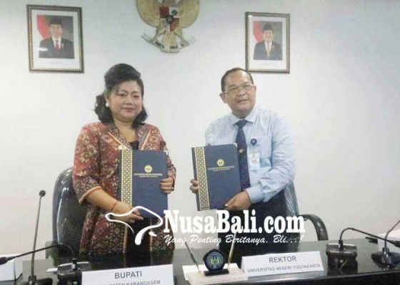 Nusabali.com - bupati-karangasem-tandatangani-kerjasama-dengan-uny