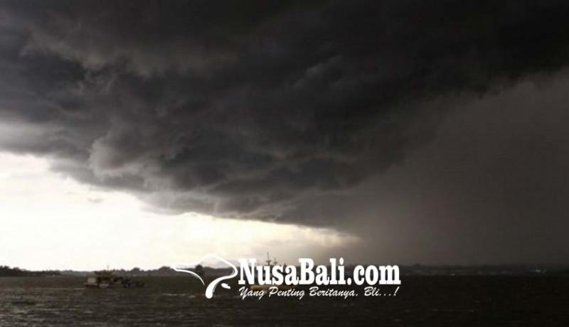 www.nusabali.com-waspadai-hujan-tiba-tiba-disertai-angin-kencang