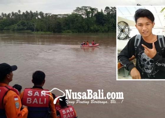 Nusabali.com - pemuda-desa-pesagi-hilang-misterius-di-sungai