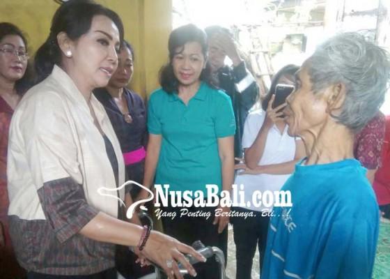 Nusabali.com - 166-bantuan-sasar-difabel-dan-lansia