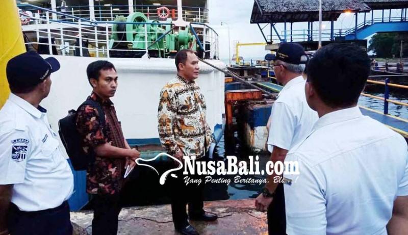 www.nusabali.com-komisi-vi-dukung-penambahan-dermaga-di-padangbai