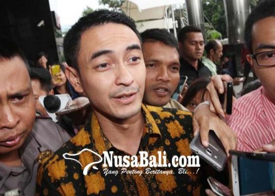 Nusabali.com - zumi-zola-mengaku-dipalak-anggota-dprd