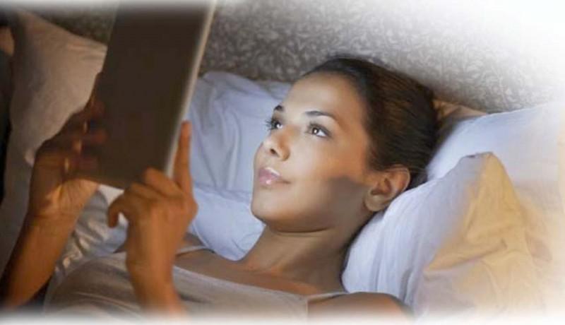 www.nusabali.com-bermain-media-sosial-alami-gangguan-tidur