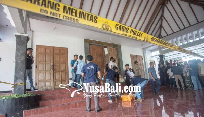 www.nusabali.com-sedang-misa-pastor-dan-umat-gereja-diserang