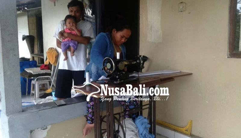 www.nusabali.com-bertahan-hidup-dengan-buka-usaha-panti-pijat-dan-jasa-menjahit