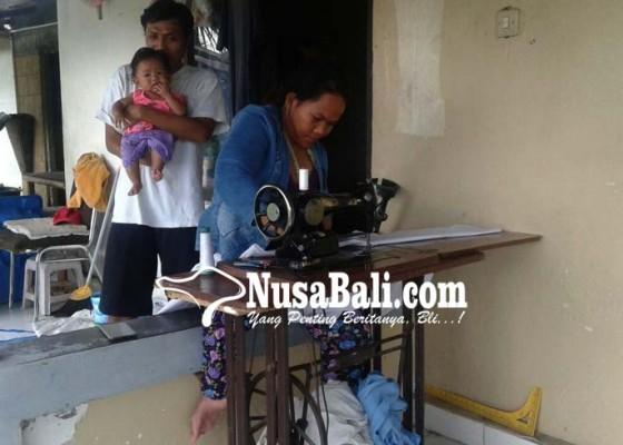 Nusabali.com - bertahan-hidup-dengan-buka-usaha-panti-pijat-dan-jasa-menjahit