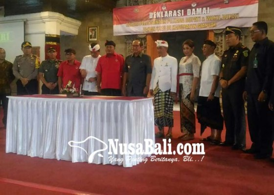 Nusabali.com - paket-aman-absen-di-pleno-penetapan