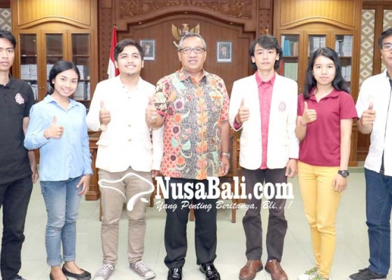 Nusabali.com - parwata-terima-kmhdi-badung