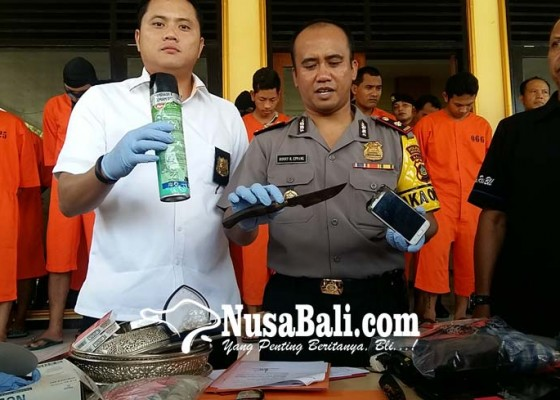 Nusabali.com - korban-pembacokan-4-jam-jalani-operasi