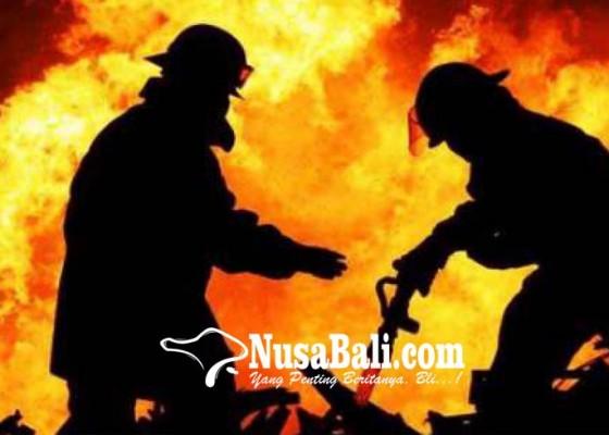 Nusabali.com - api-dari-lantai-ii-penyebab-belum-pasti