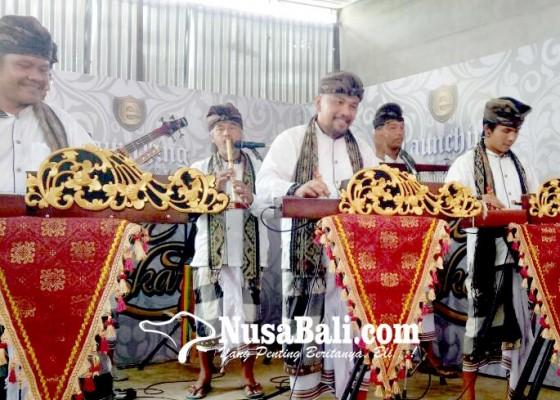 Nusabali.com - gita-bhaskara-etnik-hidupkan-kembali-mandolin