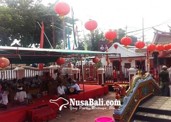 Nusabali.com - persembahyangan-diiringi-tabuh-gong