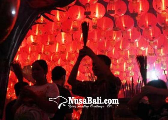 Nusabali.com - pukulan-beduk-108-kali-tandai-perayaan-imlek