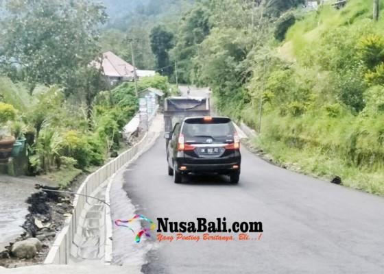 Nusabali.com - jalan-jebol-penelokan-kedisan-hoax
