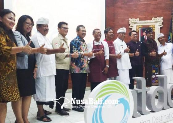 Nusabali.com - itdc-gelar-pelatihan-masak-bagi-pedagang-pantai