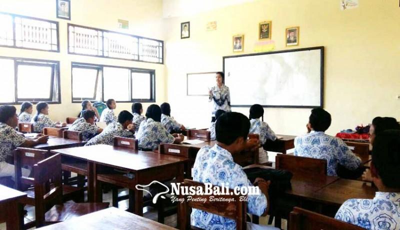 www.nusabali.com-33-siswa-pengungsi-masih-di-klungkung