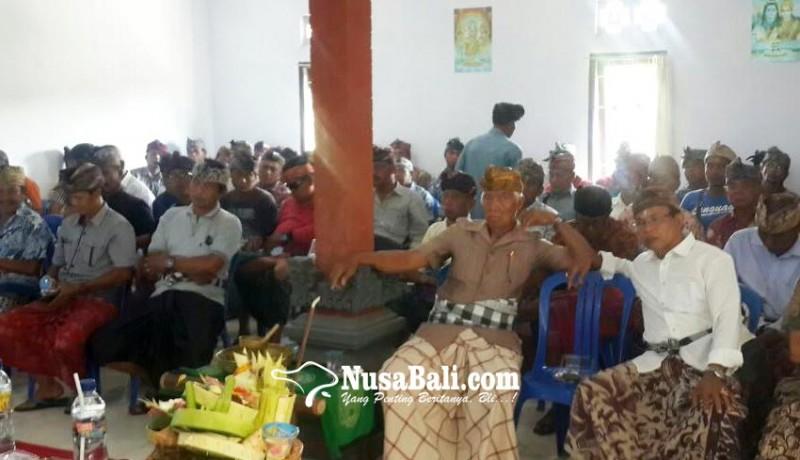 www.nusabali.com-tersangka-bendesa-pohsanten-diberhentikan-sementara